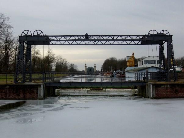 Blick auf das alte Schiffshebewerk Henrichenburg