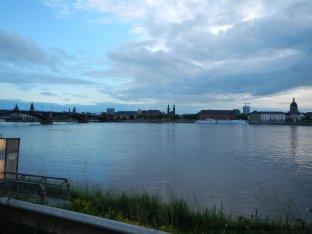 Blick über den Rhein nach Mainz