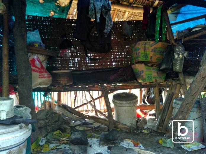 Kondisi tempat tinggal Mbak Semun, Foto : Rudianto