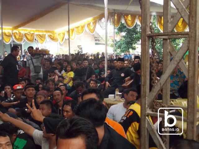 warga pshw yang menghadiri acara/batas.id/siswandi