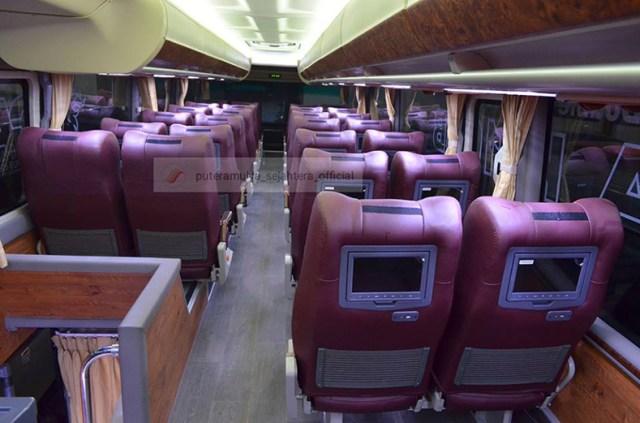 Interior bagian atas bus tingkat putera mulya/foto akun resmi fb pt. putera mulya sejahtera/gunawan w/©batas.id
