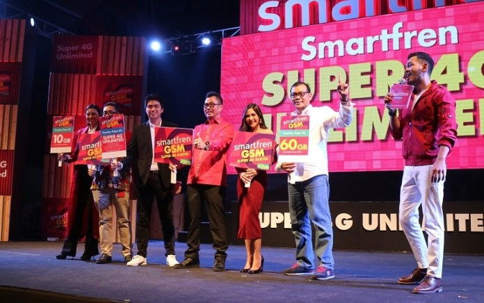 Ketika Smartfren Tak Mau Ketinggalan Milenial