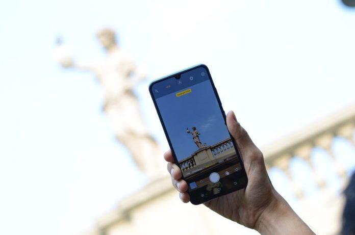 Inilah Tren Ponsel Pintar 2019 Menurut Vivo