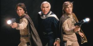 Apolo, Adama e Starbuck