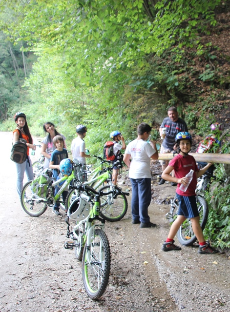 apa_izvor_munte_antrenament_cicloturism_batesaua