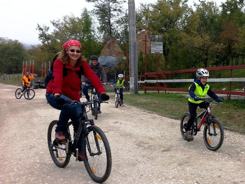 scoala.batesaua.bicicleta.ciclism.initiere.1