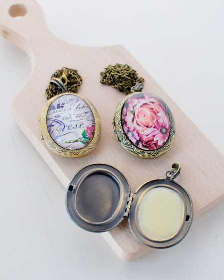 fragrant-lockets