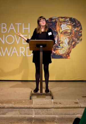 Kate Longman of Janklow & Nesbit announces the winning book (Photo credit: Emma Seal)