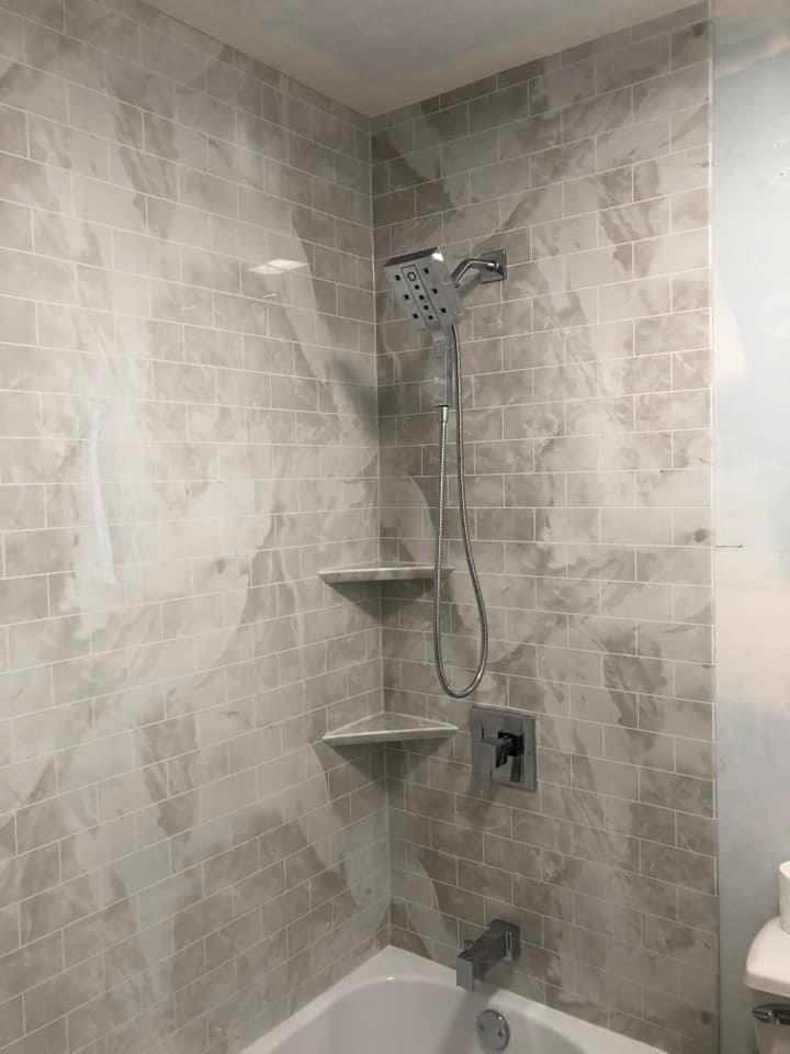 vinyl shower walls in a new bathroom