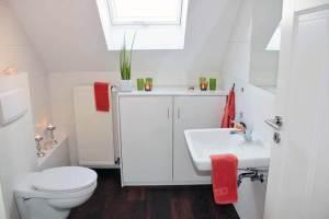 Continental Bathroom