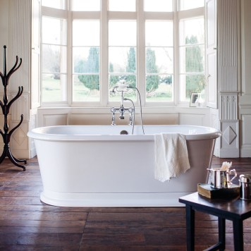 Burlington London Round Soaking Freestanding Bath 1800 x 850mm