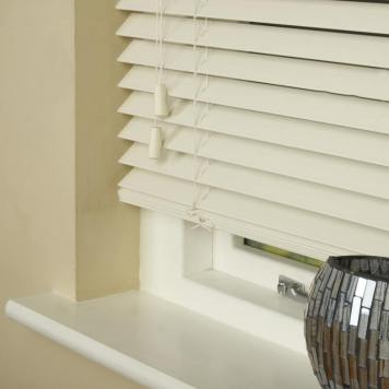 35mm Wood Essence Venetian Blind Mirage Parchment