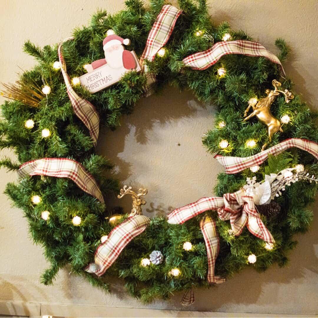 interchangable wreath