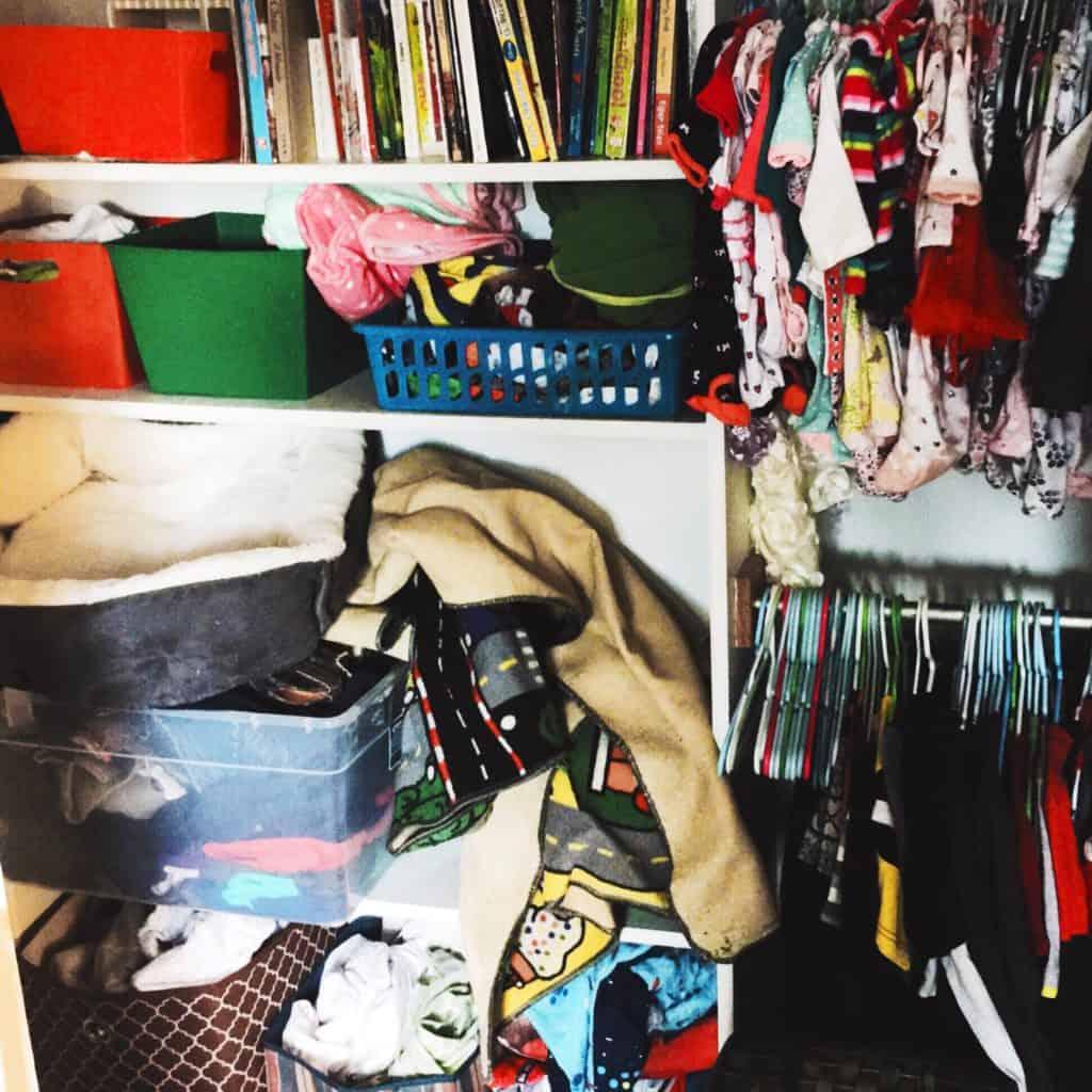 Easy Closet Organization