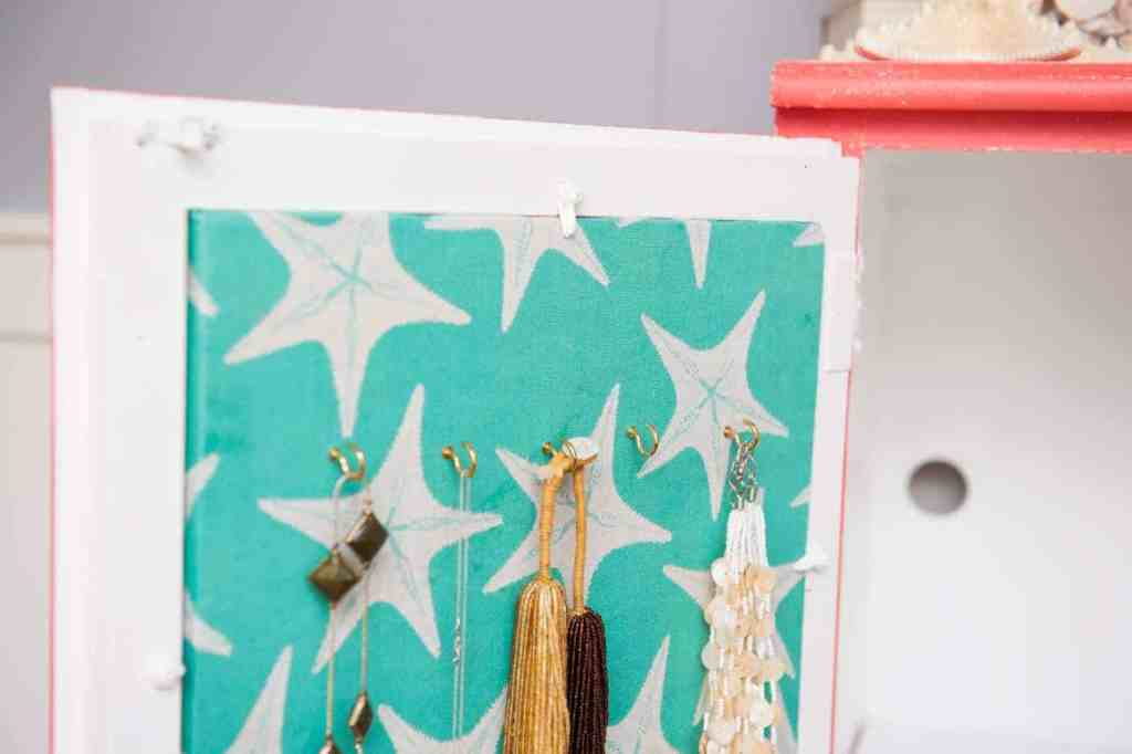 DIY a cork board jewelry organizer