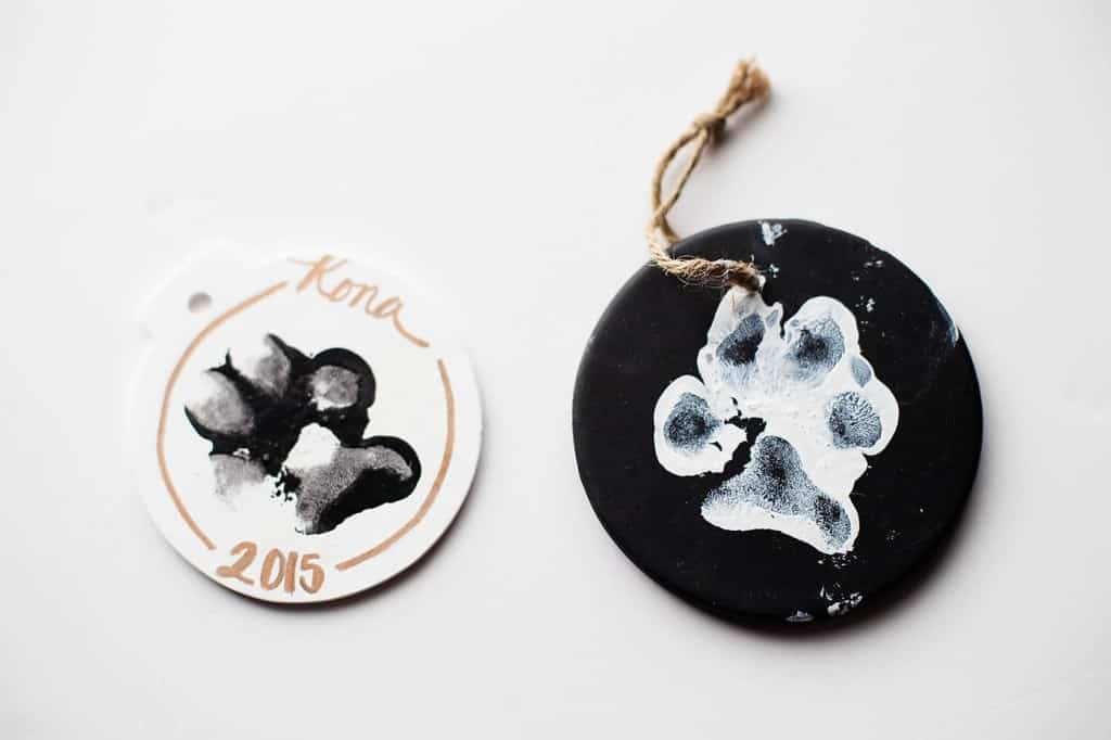 Black and white paw print stamped ornament Diy