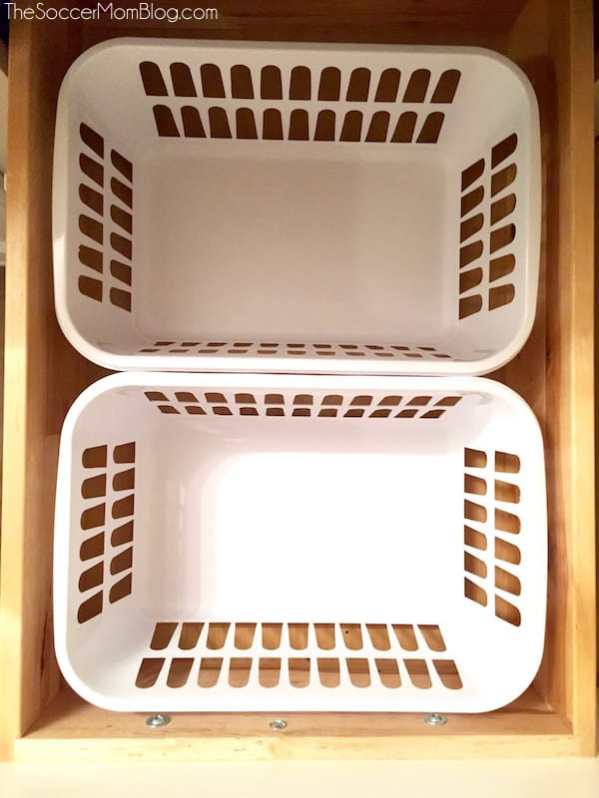 How to organize your bathroom with less than $10. Storage bins in drawers