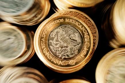 Cierre: Peso se fortalece tras anuncio de política monetaria de Banxico