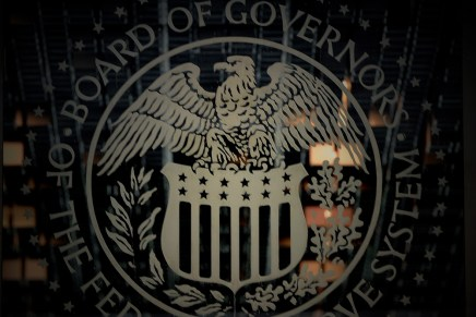 Cierre: FED mantuvo abierta la puerta para estimular la economía en EUA