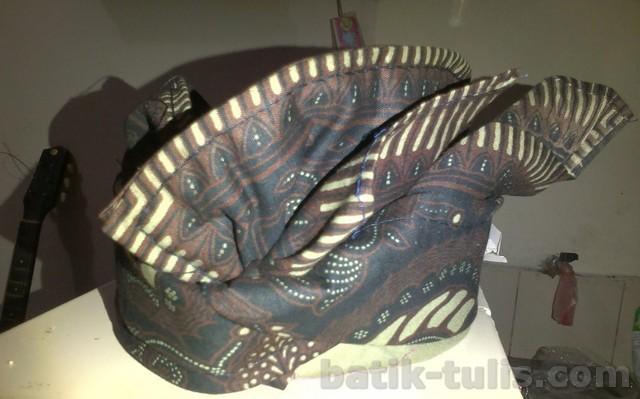 gambar batik bali - udeng