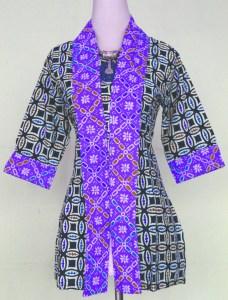Model Kemeja Batik Wanita