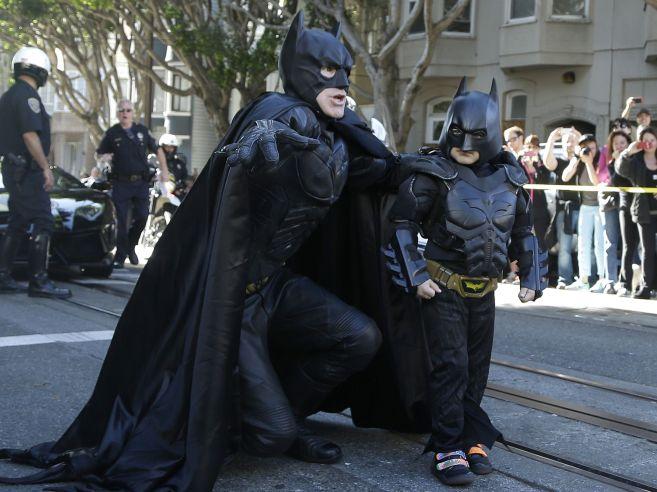1384548792005-AP-Boys-Batman-Wish