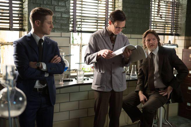 Gotham-ep115_scn15_23614_hires2