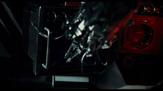 JL-comic-con-trailer-screencaps-102