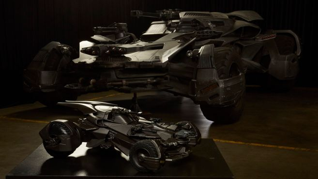 ultimate_justice_league_batmobile