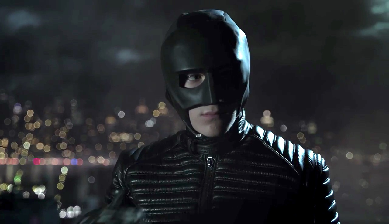 New Gotham Teaser Video Shows Bruce Waynes Upgraded Batman Suit Avengers Mask News