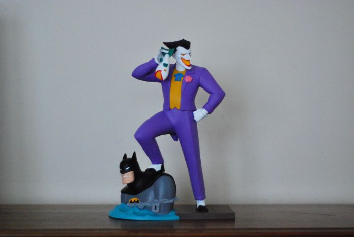 Diamond Select Laughing Fish Joker Figure Review Batman News