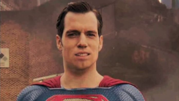 Zack Snyder takes a shot at Superman's CGI shave in 'Justice League' | Batman News
