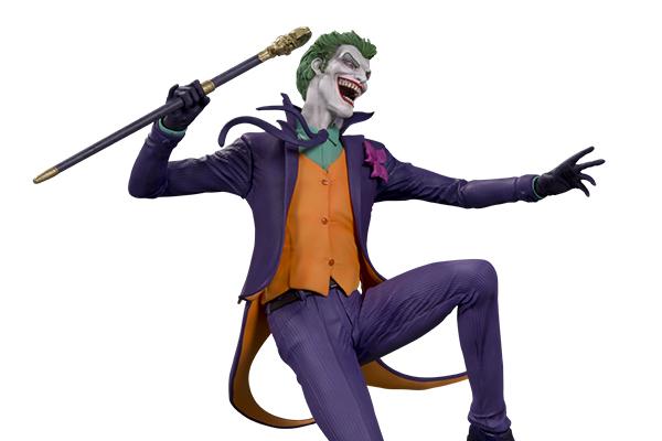 DC_Core_The_Joker_PVC_Statue_v02_400x600_5a66217c406667.53035226