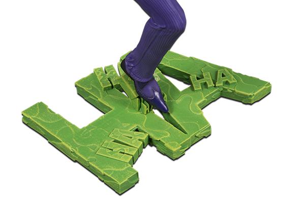 DC_Core_The_Joker_PVC_Statue_v04_400x600_5a6621c0630ab9.64380963