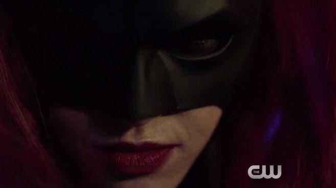 Elseworlds - Batwoman Promo - 11