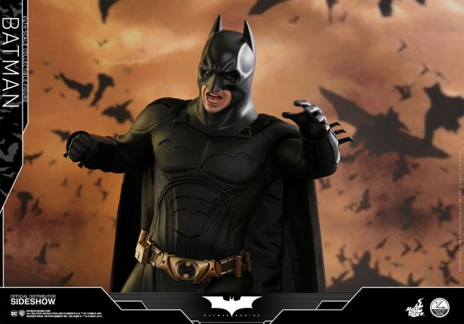 dc-comics-batman-begins-batman-quarter-scale-hot-toys-903127-03