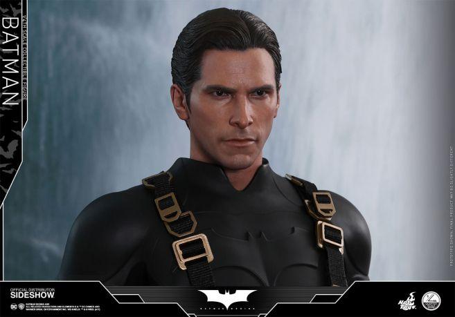 dc-comics-batman-begins-batman-quarter-scale-hot-toys-903127-10