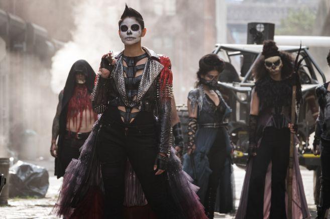 Gotham - Season 5 - Ep 02 - 11