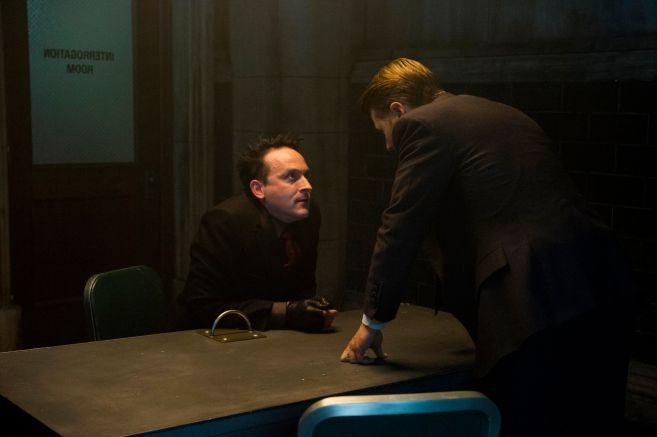 Gotham - Season 5 - Ep 05 - 02