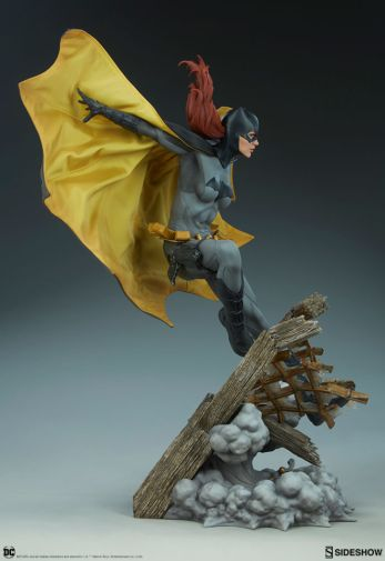 Sideshow - Batman - Batgirl Premium Format Figure - 09