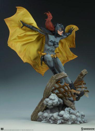 Sideshow - Batman - Batgirl Premium Format Figure - 10