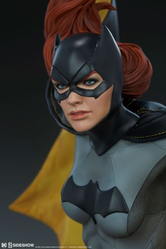 Sideshow - Batman - Batgirl Premium Format Figure - 13