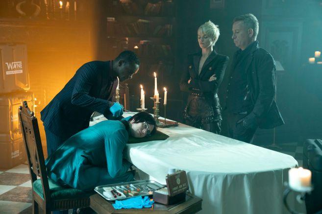 Gotham - Season 5 - Ep 06 - 03