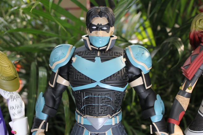 Poplife - Toy Fair 2019 - DC Armor Figures - 03