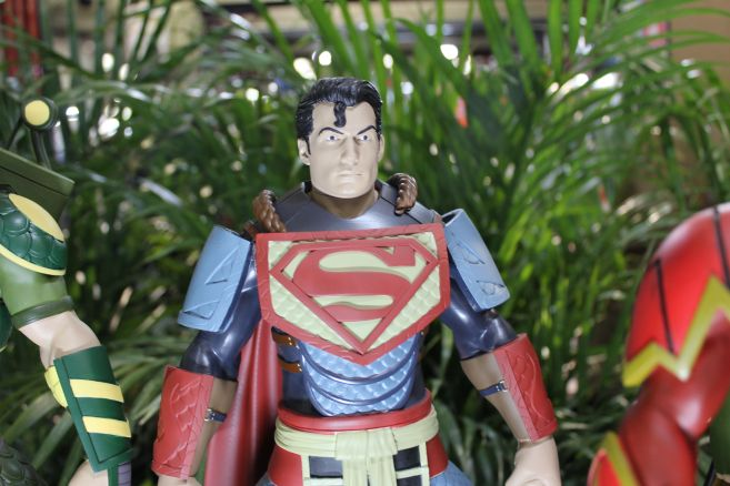 Poplife - Toy Fair 2019 - DC Armor Figures - 08