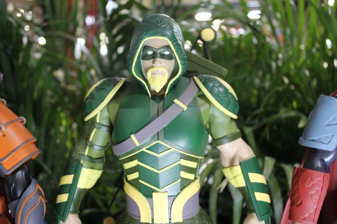 Poplife - Toy Fair 2019 - DC Armor Figures - 09