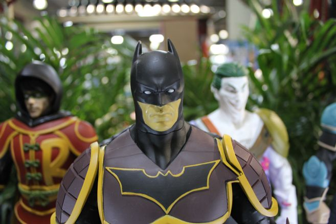 Poplife - Toy Fair 2019 - DC Armor Figures - 16