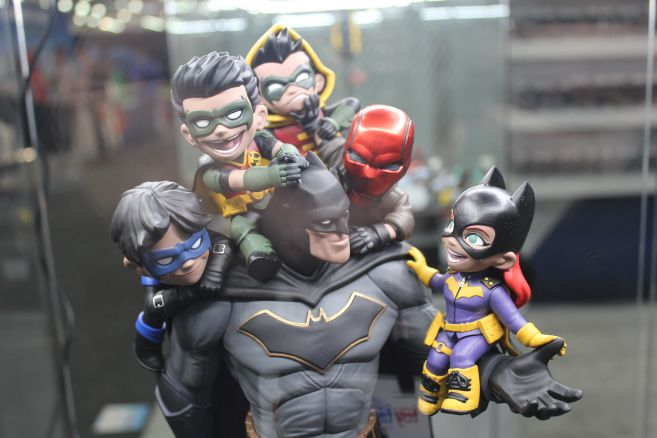 QMx - Toy Fair 2019 - Batman Family Q-Master Diorama - 02