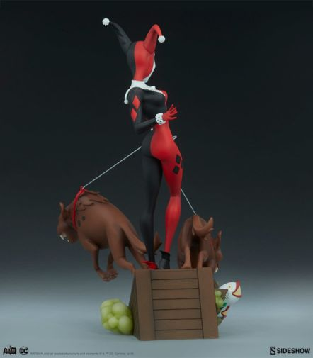 Sideshow - Batman the Animated Series - Harley with Hyenas - 15