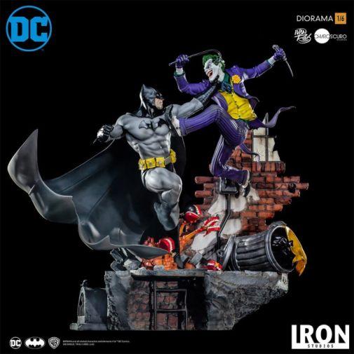 Iron Studios - Batman - Batman cs Joker Battle Diorama - 01